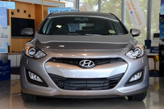Discounted Demonstrator, Demo, Near New Hyundai i30 SR, Windsor, 2014 Hyundai i30 SR GD2 Hatchback