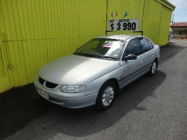Used Holden Commodore Executive, Redcliffe, 1997 Holden Commodore Executive Sedan