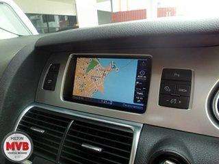 2010 Audi Q7 3.0 TDI Quattro Wagon.