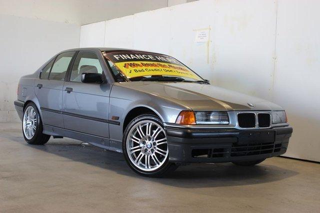 Used BMW 318I, Underwood, 1994 BMW 318I Sedan