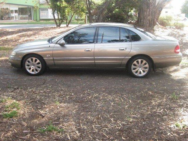 Used Holden Statesman, Beverley, 2000 Holden Statesman Sedan