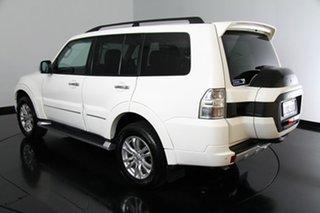 Used Mitsubishi Pajero Exceed, 2015 Mitsubishi Pajero Exceed Wagon.