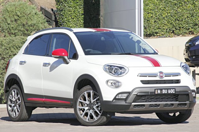 Discounted Demonstrator, Demo, Near New Fiat 500X Cross Plus AWD, Southport, 2015 Fiat 500X Cross Plus AWD Wagon