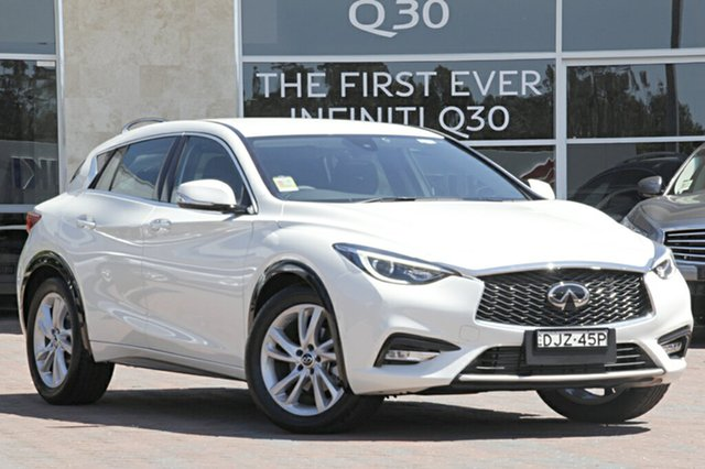 Discounted Demonstrator, Demo, Near New Infiniti Q30 GT D-CT, Southport, 2016 Infiniti Q30 GT D-CT Wagon