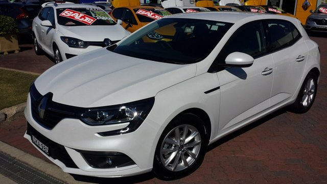 Discounted Demonstrator, Demo, Near New Renault Megane Zen EDC, Warwick Farm, 2016 Renault Megane Zen EDC Hatchback