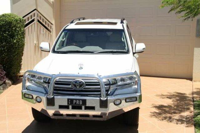 Discounted Used Toyota Landcruiser Sahara, Bundall, 2016 Toyota Landcruiser Sahara VDJ200R Wagon