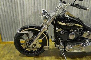 2003 Harley-Davidson FLSTC Heritage Softail Classic 1450CC.