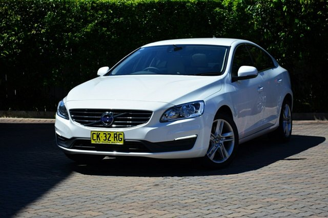 Discounted Used Volvo S60 T4 Adap Geartronic Kinetic, Southport, 2016 Volvo S60 T4 Adap Geartronic Kinetic Sedan