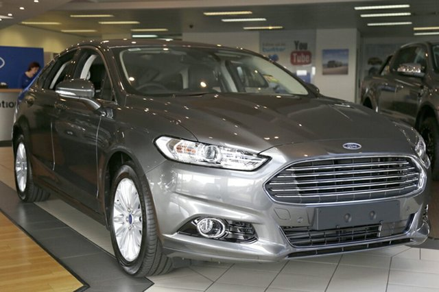 Discounted Demonstrator, Demo, Near New Ford Mondeo Trend PwrShift, Narellan, 2016 Ford Mondeo Trend PwrShift Hatchback