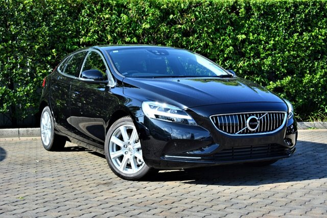 Discounted Demonstrator, Demo, Near New Volvo V40 D4 Adap Geartronic Inscription, Southport, 2016 Volvo V40 D4 Adap Geartronic Inscription Hatchback