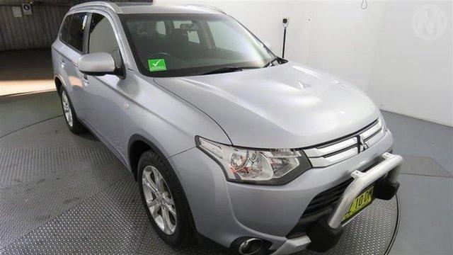Used Mitsubishi Outlander ES 4WD, Altona North, 2014 Mitsubishi Outlander ES 4WD Wagon