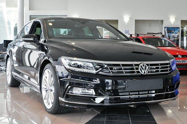 Demonstrator, Demo, Near New Volkswagen Passat 206TSI DSG 4MOTION R-Line, Southport, 2016 Volkswagen Passat 206TSI DSG 4MOTION R-Line Sedan