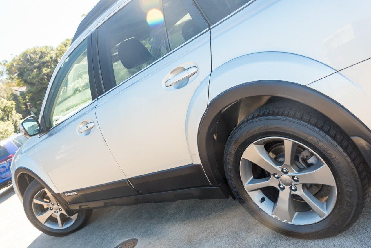 2013 Subaru Outback 3.6R AWD Premium B5A MY13