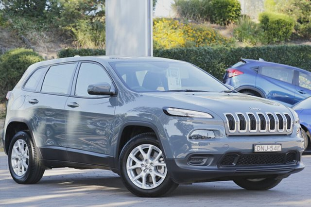 Discounted Demonstrator, Demo, Near New Jeep Cherokee Sport, Southport, 2015 Jeep Cherokee Sport SUV
