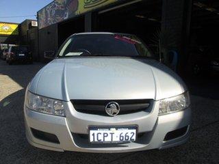 2006 Holden Commodore Executive Sedan.