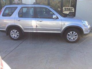 2005 Honda CR-V (4x4) Wagon.