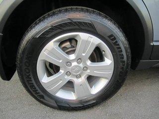 2010 Holden Captiva 5 Wagon.