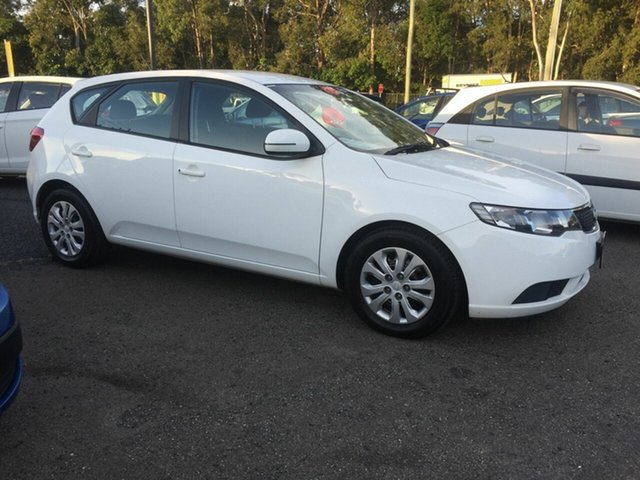 Used Kia Cerato  , 2011 Kia Cerato White 5 Speed Semi Auto Hatchback