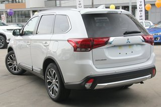 2017 Mitsubishi Outlander LS 4WD Safety Pack Wagon.