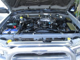2000 Nissan Pathfinder 4x4 ti Wagon.