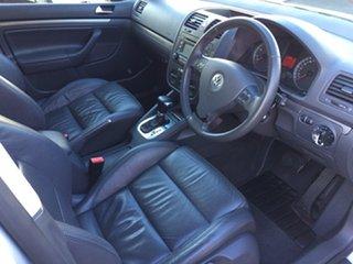 2005 Volkswagen Golf 1.6 Comfortline Hatchback.