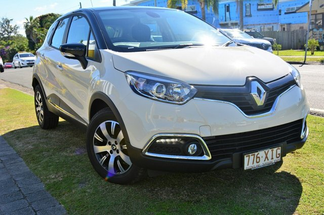 Discounted Demonstrator, Demo, Near New Renault Captur Expression EDC, Southport, 2017 Renault Captur Expression EDC Hatchback