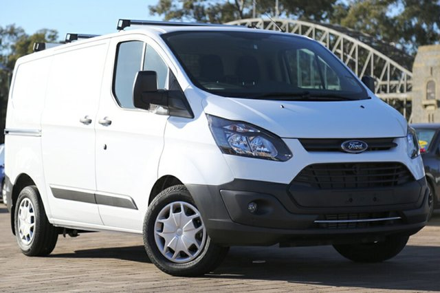 Discounted Demonstrator, Demo, Near New Ford Transit Custom 290S Low Roof SWB, Southport, 2017 Ford Transit Custom 290S Low Roof SWB Van