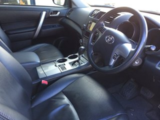 2013 Toyota Kluger Altitude (FWD) 7 Seat Wagon.