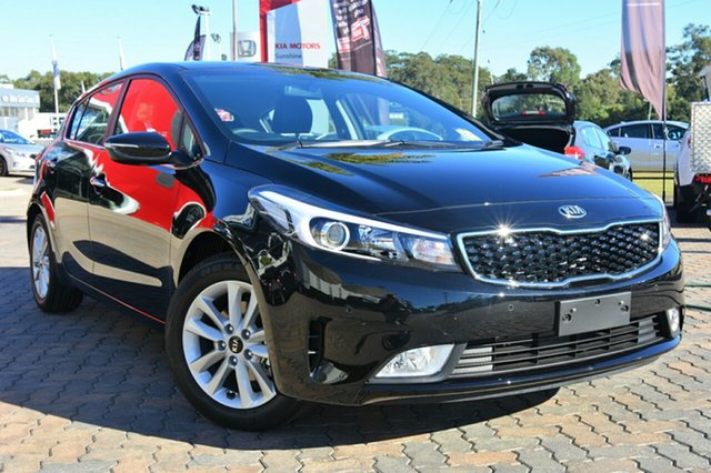 Discounted Demonstrator, Demo, Near New Kia Cerato SI, Southport, 2017 Kia Cerato SI Hatchback