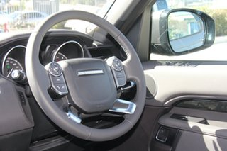 2017 Land Rover Discovery Td4 SE Wagon.
