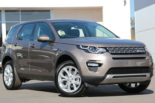 Demonstrator, Demo, Near New Land Rover Discovery Sport TD4 180 HSE, Southport, 2017 Land Rover Discovery Sport TD4 180 HSE SUV