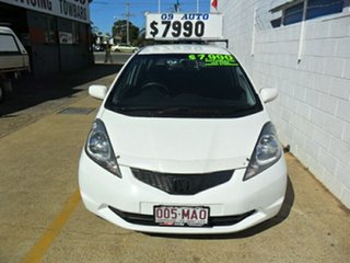 2009 Honda Jazz VTi Hatchback.