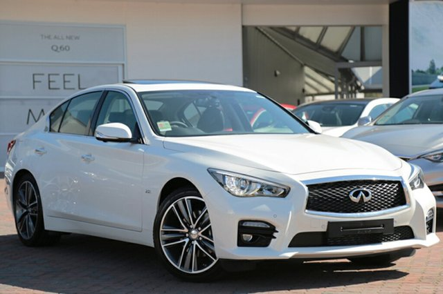 Discounted Demonstrator, Demo, Near New Infiniti Q50 2.0T S Premium, Southport, 2016 Infiniti Q50 2.0T S Premium Sedan