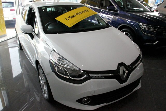 Demonstrator, Demo, Near New Renault Clio Expression, Wickham, 2016 Renault Clio Expression Hatchback