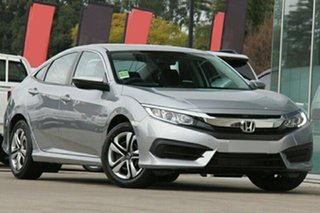 2019 Honda Civic VTi Sedan.