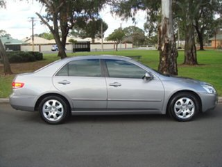 2006 Honda Accord V6 Luxury Sedan.
