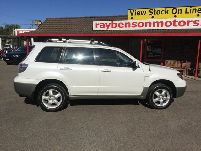 Used Mitsubishi Outlander  , 2003 Mitsubishi Outlander XLS White 4 Speed Automatic Wagon