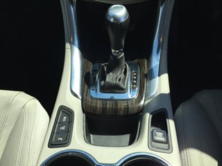 2013 Holden Commodore Calias V Sedan.