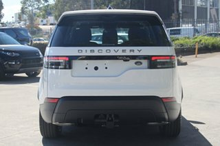 2017 Land Rover Discovery TD6 S Wagon.
