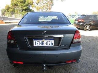 2004 Holden Calais Sedan.