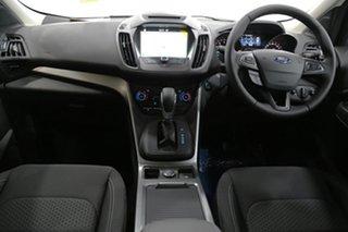 2017 Ford Escape Ambiente AWD SUV.