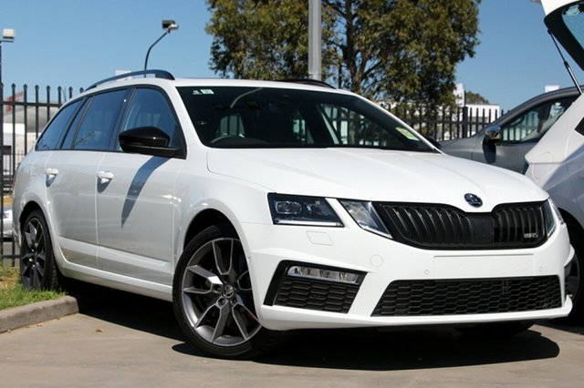 Demonstrator, Demo, Near New Skoda Octavia RS DSG 169TSI, Bowen Hills, 2017 Skoda Octavia RS DSG 169TSI Wagon