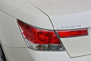 2009 Honda Accord VTi-L Sedan.