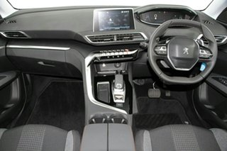 2018 Peugeot 3008 Wagon.