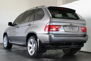 2006 BMW X5 4.4I Wagon.