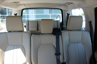2011 Land Rover Discovery 4 TdV6 CommandShift Wagon.