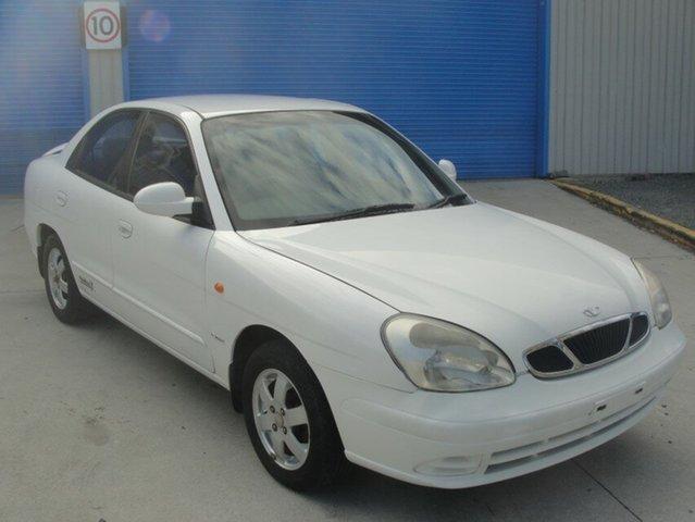 Used Daewoo Nubira X Series CDX, Ashmore, 2000 Daewoo Nubira X Series CDX Sedan