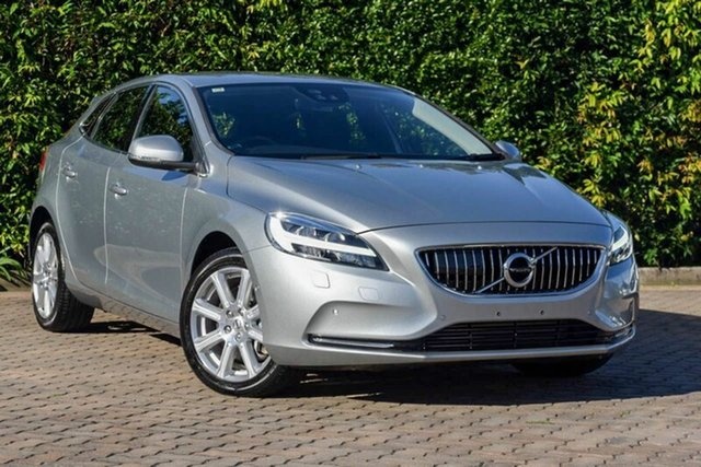 Used Volvo V40 T4 Adap Geartronic Inscription, Southport, 2016 Volvo V40 T4 Adap Geartronic Inscription Hatchback