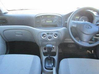 2009 Hyundai Accent Sedan.