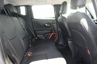 2016 Jeep Renegade Trailhawk AWD Hatchback.